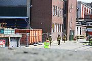 Mannheim. 07.07.16 Sandhofen. Brand SCA. In einem Eckgebäude kommt es zu einem Brand. Die Feuerwehr und die Betriebsfeuerwehr können den Brand schnell löschen.<br /> Bild: Markus Prosswitz 07JUL16 / masterpress (Bild ist honorarpflichtig - No Model Release!)