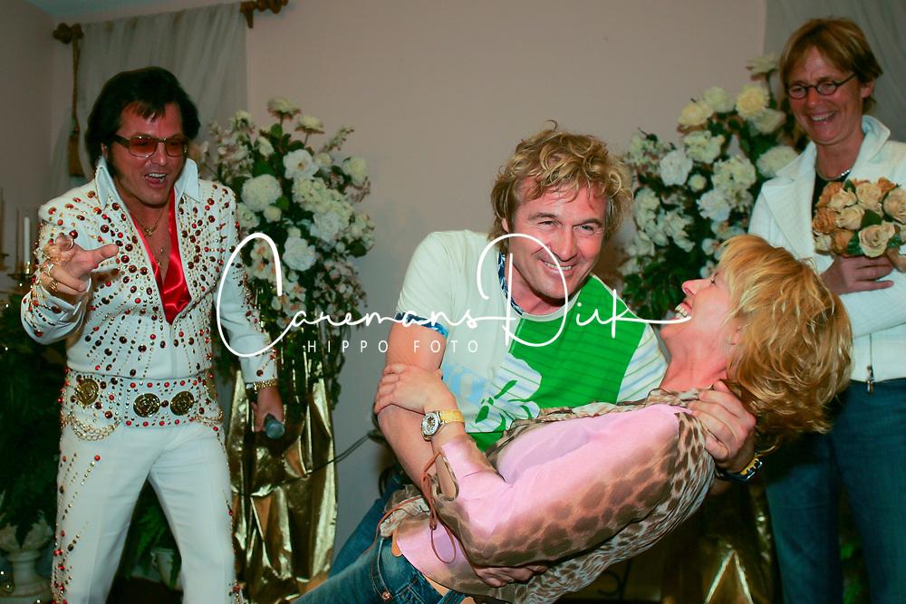 Wedding, Sjeff Janssen, ANky Van Grunsven<br /> World Cup Final - Las Vegas 2005<br /> © Hippo Foto - Dirk Caremans<br /> 25/04/2005