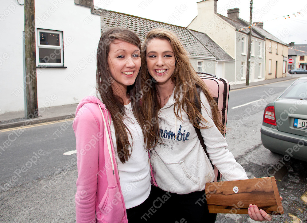 16.06.12 <br /> Fleadh Miltown Malby. Niamh Whelan and Jennifer Markham<br /> . Picture: Alan Place/Press 22.