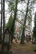 Petersfriedhof, Kirche St. Peter, Straubing, Donau, Bayerischer Wald, Bayern, Deutschland | grave yard, St. Peter church, Straubing, Danube, Bavarian Forest, Bavaria, Germany