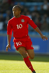 OSLO, NORWAY - Thursday, May 27, 2004:  Wales' Robert Earnshaw during the International Friendly match at the Ullevaal Stadium, Oslo, Norway. (Photo by David Rawcliffe/Propaganda)