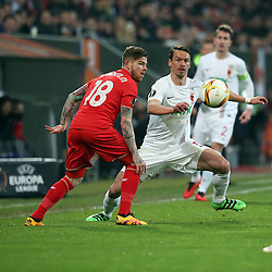 18.02.2016, WWKArena, Augsburg, GER, UEFA EL, FC Augsburg vs FC Liverpool, Sechzehntelfinale, Hinspiel, im Bild Alberto Moreno ( FC Liverpool ) Markus Feulner ( FC Augsburg ) // during the UEFA Europa League Round of 32, 1st Leg match between FC Augsburg and FC Liverpool at the WWKArena in Augsburg, Germany on 2016/02/18. EXPA Pictures © 2016, PhotoCredit: EXPA/ Eibner-Pressefoto/ Langer<br /> <br /> *****ATTENTION - OUT of GER*****
