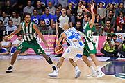 DESCRIZIONE : Campionato 2014/15 Dinamo Banco di Sardegna Sassari - Sidigas Scandone Avellino<br /> GIOCATORE : David Logan<br /> CATEGORIA : Palleggio Penetrazione Controcampo Difesa<br /> SQUADRA : Dinamo Banco di Sardegna Sassari<br /> EVENTO : LegaBasket Serie A Beko 2014/2015<br /> GARA : Dinamo Banco di Sardegna Sassari - Sidigas Scandone Avellino<br /> DATA : 24/11/2014<br /> SPORT : Pallacanestro <br /> AUTORE : Agenzia Ciamillo-Castoria / Luigi Canu<br /> Galleria : LegaBasket Serie A Beko 2014/2015<br /> Fotonotizia : Campionato 2014/15 Dinamo Banco di Sardegna Sassari - Sidigas Scandone Avellino<br /> Predefinita :