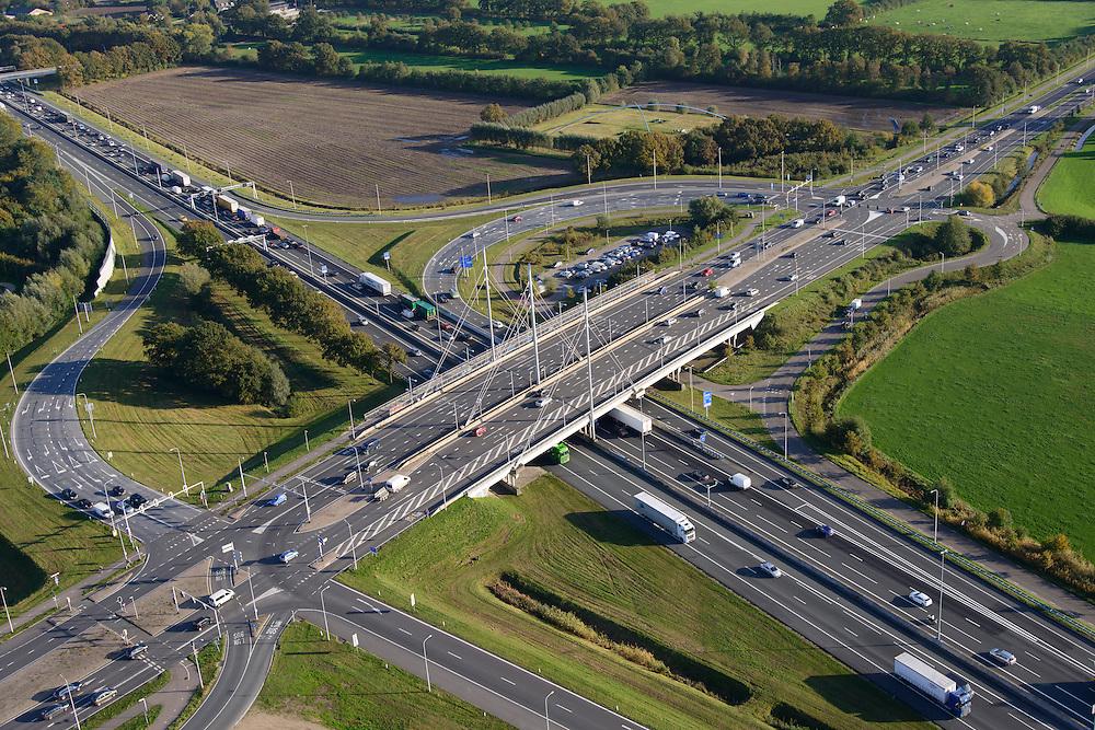 Nederland, Gelderland, Ede, 24-10-2013. Autosnelweg A12, afslag Ede. Carpoolplaats midden.<br /> Motorway A12 near Ede, central Netherlands. <br /> luchtfoto (toeslag op standaard tarieven);<br /> aerial photo (additional fee required);<br /> copyright foto/photo Siebe Swart.