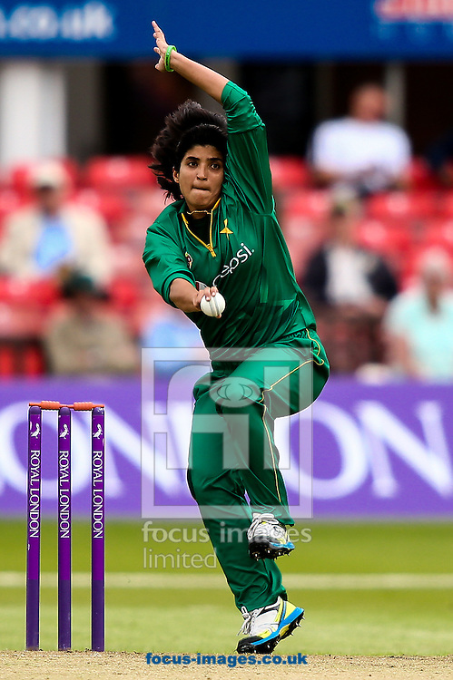 Sania Khan of Pakistan in delivery stride during the Royal London One Day Series match at Fischer County Ground, Leicester<br /> Picture by Andy Kearns/Focus Images Ltd 0781 864 4264<br /> 21/06/2016