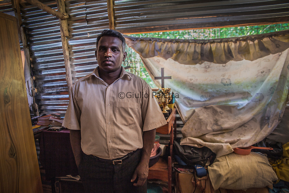 Christian families forced to live in slums because driven from their homes by groups of Buddhist monks and local residents in Naula, in the district of Matala, in the center of Sri Lanka, near Kandy, an area almost exclusively Buddhist