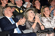 Premiere van de vijfde serie Hollandse Meesters in filmmuseum EYE.Hollandse Meesters is een reeks portretten over hedendaagse Nederlandse beeldend kunstenaars gemaakt door bekende regisseurs.<br /> <br /> Premiere of the fifth series of Dutch Masters in Film Museum EYE.Hollandse Masters is a series of portraits of contemporary Dutch artists made by well-known directors.<br /> <br /> Op de foto / On the photo; <br /> <br />  Prinses Beatrix met rechts Directeur Sandra den Hamer van EYE