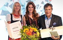23.06.2017, Saalbach Hinterglemm, AUT, OeSV, Präsidentenkonferenz, Festabend, im Bild Verabschiedung Elisabeth Görgl // during the Austrian Skifederation Presidential Conference Gala in Saalbach Hinterglemm, Austria on 2017/06/23. EXPA Pictures © 2017, PhotoCredit: EXPA/ Erich Spiess