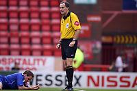 Photo: Rich Eaton.<br /> <br /> Bristol City v Crewe Alexander. Coca Cola League 1. 14/10/2006. referee Mr Crossley
