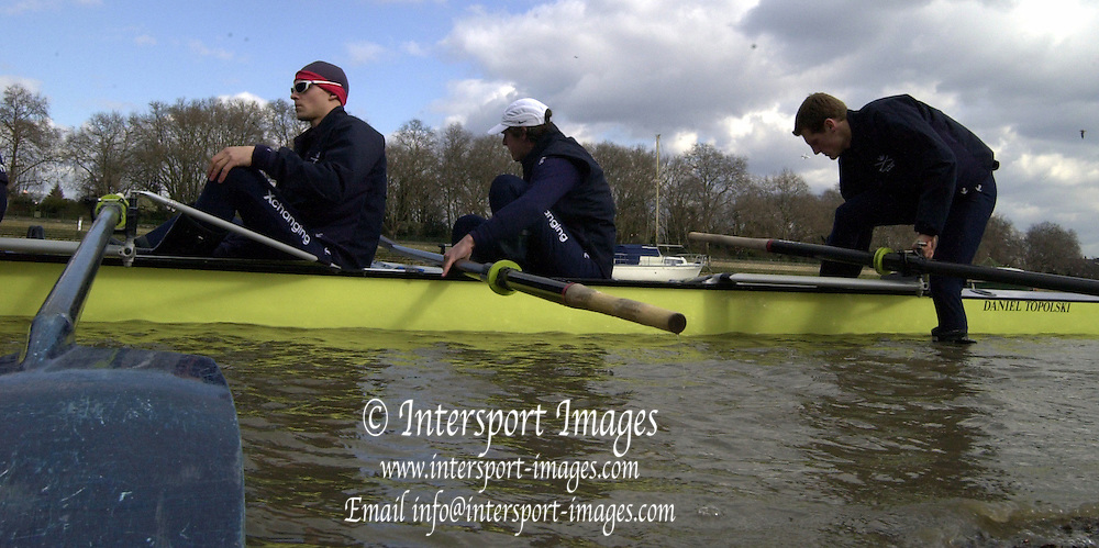 2005 Boat Race, Pre race fixture, Oxford UBC vs Leander Club, Putney, London;  ENGLAND; Oxford University Boat Club Bow Robin Bourne-Taylor, 2. Barney Williams, 3. Peter Reed. 4. Joe Von Maltzahn, 5. Chris Liwski, 6. Mike Blomquist, 7. Jason Flickinger, Stroke, Andrew Twiggs-Hodge and Cox Acer Nethercott,. Photo  Peter Spurrier. .email images@intersport-images...[Mandatory Credit Peter Spurrier/ Intersport Images] Varsity:Boat Race Rowing Course: River Thames, Championship course, Putney to Mortlake 4.25 Miles