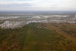 Udialla community flanked by the flooded Fitzroy River