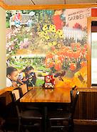 20101113 Applebees Mural