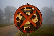 Barroso_MG, Brazil.<br /> <br /> Placa abandonada na rodovia BR 265 em Barroso, Minas Gerais.<br /> <br /> Abandoned sign the higway BR 265 in Barroso, Minas Gerais.<br /> <br /> Foto: LEO DRUMOND / NITRO