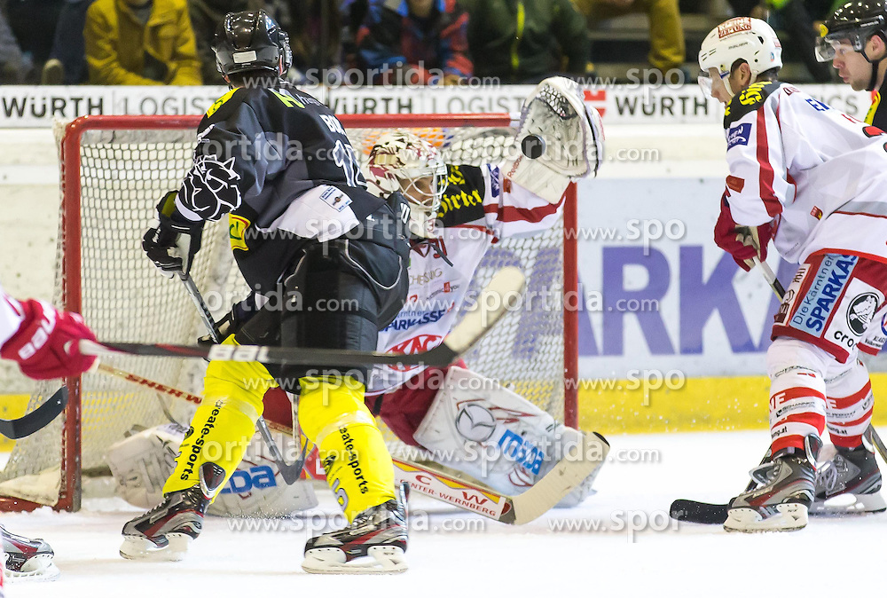 11.01.2013, Messestadion, Dornbirn, AUT, EBEL, Dornbirner EC vs EC KAC, 40. Runde, im Bild Danny Bois, (Dornbirner EC, #15) und Andy Chiodo, (EC KAC, #31)// during the Erste Bank Icehockey League 40th round match between Dornbirner EC and EC KAC the Exhibition Stadium, Dornbirn, Austria on 2013/01/11, EXPA Pictures © 2013, PhotoCredit: EXPA/ Peter Rinderer