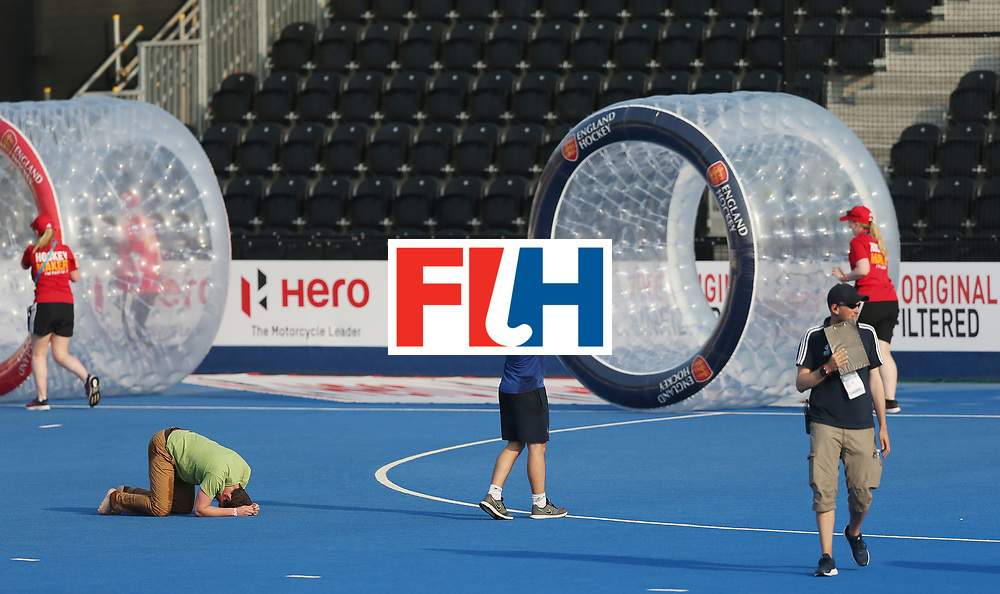 LONDON, ENGLAND - JUNE 19:  Half time entertainment during the Pool A match between South Korea and Malaysia on day five of Hero Hockey World League Semi-Final at Lee Valley Hockey and Tennis Centre on June 19, 2017 in London, England.  (Photo by Alex Morton/Getty Images)