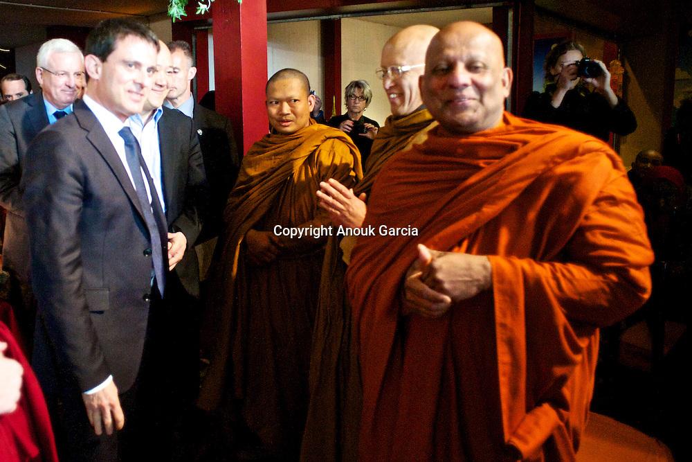 Manuel Walls, Moine des forêts, Bouddhisme, Luang Pu Nenkham Chattigo. Pagode de Vincennes Vesak 2013.