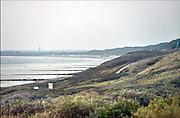 Nederland, Dishoek, Walcheren, Zeeland, 13-9-2014 In de duinen langs de Noordzee. Strand met wandelaars en badhuisjes.Foto: Flip Franssen/Hollandse Hoogte