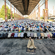 Torino 6 luglio 2016  Musulmani celebrano Eid al-Fitr al parco Dora di Torino.