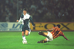 VLADIKAVKAZ, RUSSIA - Tuesday, September 12, 1995: Liverpool's Jamie Redknapp in action against FC Alania Spartak Vladikavkaz during the UEFA Cup 1st Round 1st Leg match at the Republican Spartak Stadium. (Photo by David Rawcliffe/Propaganda)