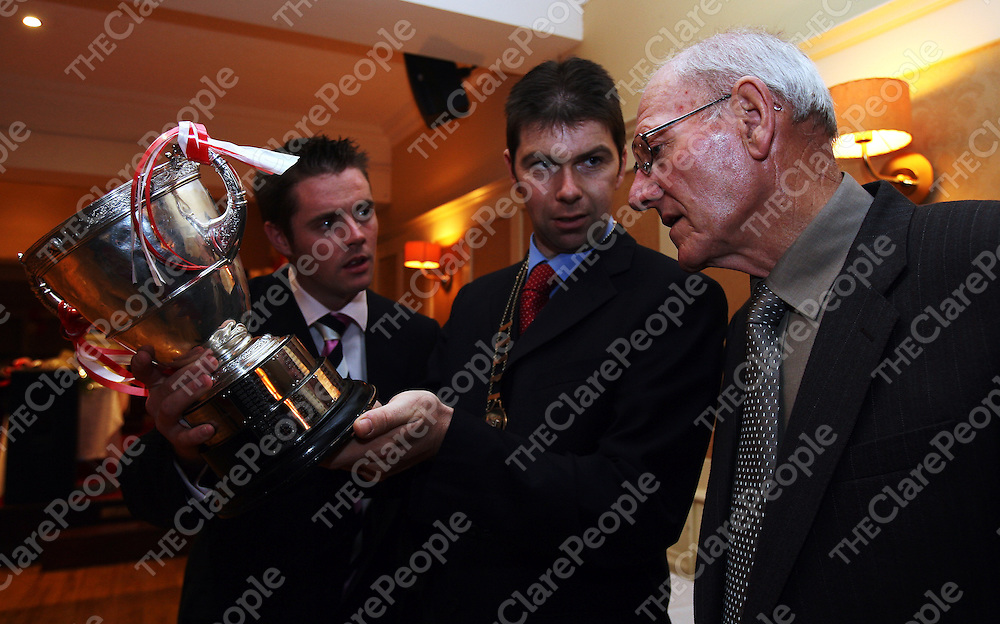 Ronan Cooney ,Captain Eire Og Hurlers ,Joe Reidy,Mayor Ennis and Paddy Loftus attending the 50th Anniversary night at the Auburn Lodge Hotel for the Eire Og team who won the County Hurling Final in 1956 .<br />
