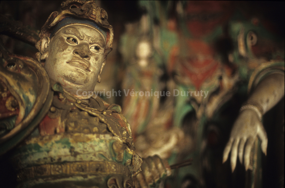 This divinity is one of hte most exeptional sculptures of the Shuanglin temple