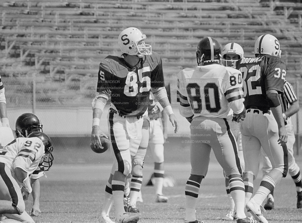 COLLEGE FOOTBALL: Stanford v Army, September 22, 1979 at Stanford Stadium in Palo Alto, California. Pat Bowe #85.  Photography by David Madison (www.davidmadison.com).