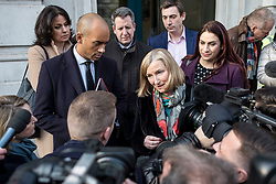 "© Licensed to London News Pictures. 21/01/2019. London, UK. From left: Heidi Alexander, Chuka Umuna, Chris Leslie, Sarah Wollaston, Gavin Shuker and Luciana Berger speak to the media after a meeting in the Cabinet Office. Prime Minister Theresa May will update MPs on her Brexit ""Plan B"" this afternoon. Photo credit: Rob Pinney/LNP"