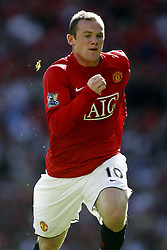 WAYNE ROONEY.MANCHESTER UNITED FC.MANCHESTER UNITED V READING.OLD TRAFFORD, MANCHESTER, ENGLAND.12 August 2007.DIQ64665..  .WARNING! This Photograph May Only Be Used For Newspaper And/Or Magazine Editorial Purposes..May Not Be Used For, Internet/Online Usage Nor For Publications Involving 1 player, 1 Club Or 1 Competition,.Without Written Authorisation From Football DataCo Ltd..For Any Queries, Please Contact Football DataCo Ltd on +44 (0) 207 864 9121