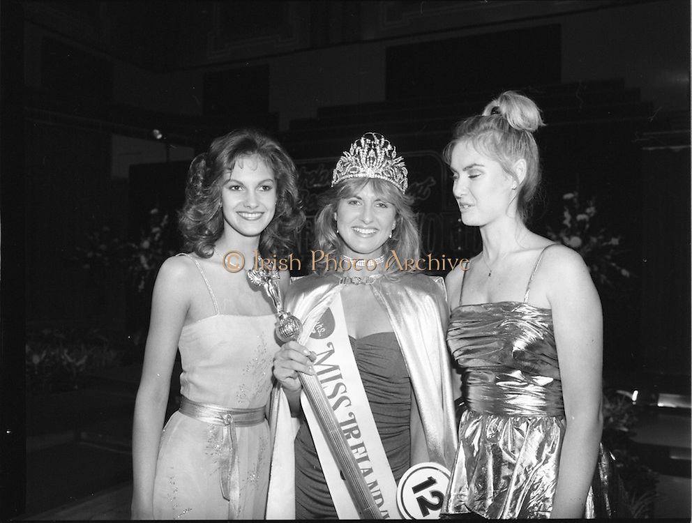 27/08/1984<br /> 08/27/1984<br /> 27 August 1984<br /> Miss Ireland/World contest at the National Concert hall. Winner of the Miss Ireland Contest, Olivia Tracey, (Dublin), (centre) at the National Concert Hall.