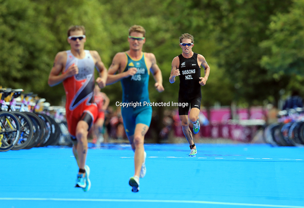 Triathlon, London 2012 Olympic Games, Hyde Park, London, England 7/8/2012<br /> Men's Triathlon<br /> New Zealand's Ryan Sissons<br /> Photo:Dan Sheridan/Photosport.co.nz