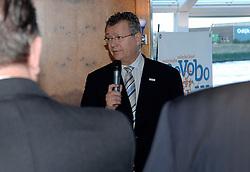 09-12-2006 VOLLEYBAL: CEV OP BEZOEK IN NEDERLAND: ROTTERDAM<br /> De board of Executive Committee CEV waren uitgenodigd door Rotterdam, Rotterdam Topsport en de NeVoBo voor de uitleg van O[peration Restore Confidence / Hans den Oudendammer Directeur  Rotterdam Topsport<br /> ©2006-WWW.FOTOHOOGENDOORN.NL