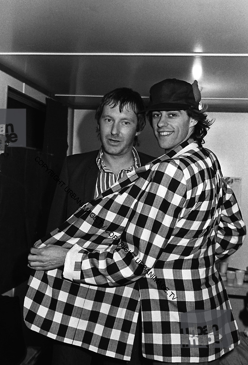 Lee Brilleaux and Bob Geldof - backstage caravan at Scotfest 1979