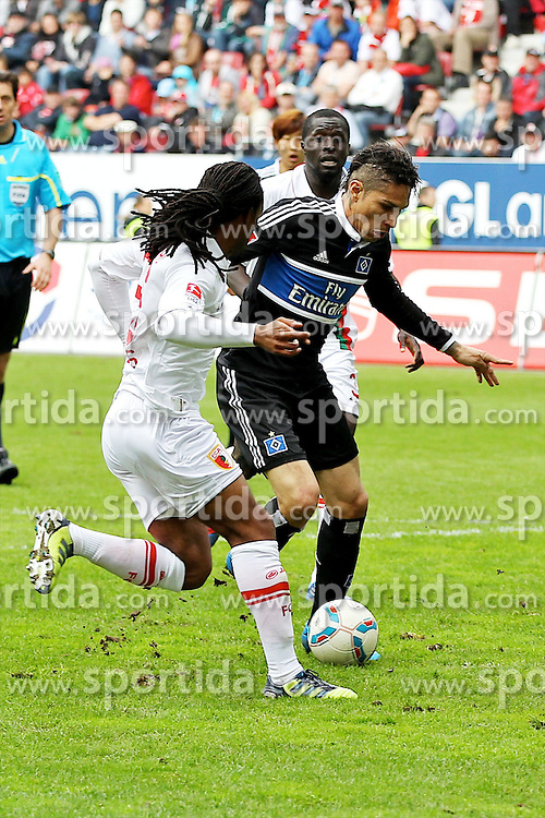 05.05.2012, SGL Arena, Augsburg, GER, 1. FBL, FC Augsburg vs Hamburger SV, 34. Spieltag, im Bild Lorenzo DAVIDS (# 26, FC Augsburg) und Paolo GUERRERO (# 9, Hamburger SV) v.l. // during the German Bundesliga Match, 34th Round between FC Augsburg and Hamburger SV at the SGL Arena, Augsburg, Germany on 2012/05/05. EXPA Pictures © 2012, PhotoCredit: EXPA/ Eibner/ Peter Fast..***** ATTENTION - OUT OF GER *****