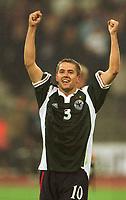 Fotball: Tyskland-England 1-5- München. 01.09.01<br /><br />Michael OWEN Schlussjubel England<br />           WM-Quali   Deutschland - England  1:5