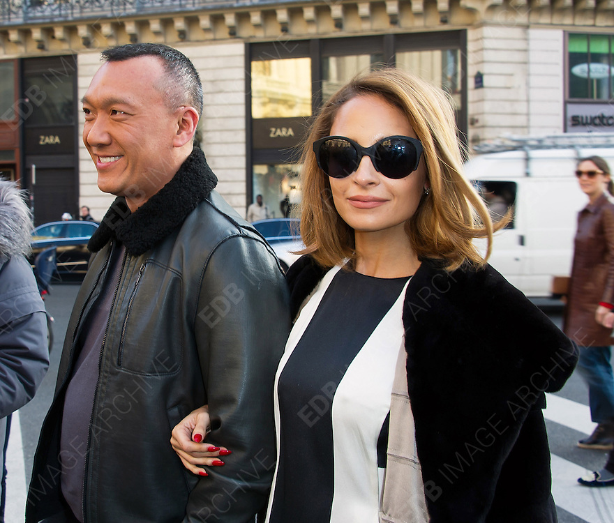 04.MARCH.2013. PARIS<br /> <br /> NICOLE RICHIE ARRIVING AT THE STELLA MCCARTNEY FALL-WINTER 2013/2014 READY-TO-WEAR COLLECTION SHOW, HELD AT THE OPERA IN PARIS<br /> <br /> BYLINE: EDBIMAGEARCHIVE.CO.UK<br /> <br /> *THIS IMAGE IS STRICTLY FOR UK NEWSPAPERS AND MAGAZINES ONLY*<br /> *FOR WORLD WIDE SALES AND WEB USE PLEASE CONTACT EDBIMAGEARCHIVE - 0208 954 5968*