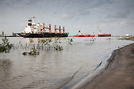 Barges in line when the Mississippi RIver Oil Spill 2008  caused a shut down of barge traffic by the coastguard.