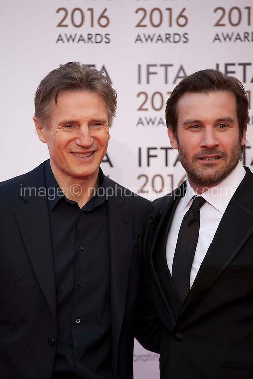 Actor Liam Neeson and Clive Standen at the IFTA Film & Drama Awards (The Irish Film & Television Academy) at the Mansion House in Dublin, Ireland, Saturday 9th April 2016. Photographer: Doreen Kennedy
