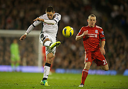05.12.2011, Craven Cottage Stadion, London, ENG, PL, FC Fulham vs FC Liverpool, 14. Spieltag, im Bild Fulham's Clint Dempsey shoots against Liverpool during the football match of English premier league, 14th round, between FC Fulham and FC Liverpool at Craven Cottage Stadium, London, United Kingdom on 05/12/2011. EXPA Pictures © 2011, PhotoCredit: EXPA/ Sportida/ David Rawcliff..***** ATTENTION - OUT OF ENG, GBR, UK *****