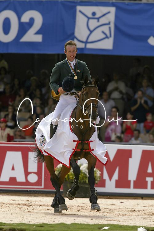 Lennon Dermott (IRL) - Liscalgot  <br /> Jumping final<br /> World Equestrian Games Jerez de la Fronteira 2002<br /> Photo © Dirk Caremans