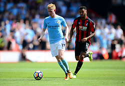 Kevin De Bruyne of Manchester City attacks forward. - Mandatory by-line: Alex James/JMP - 26/08/2017 - FOOTBALL - Vitality Stadium - Bournemouth, England - Bournemouth v Manchester City - Premier League
