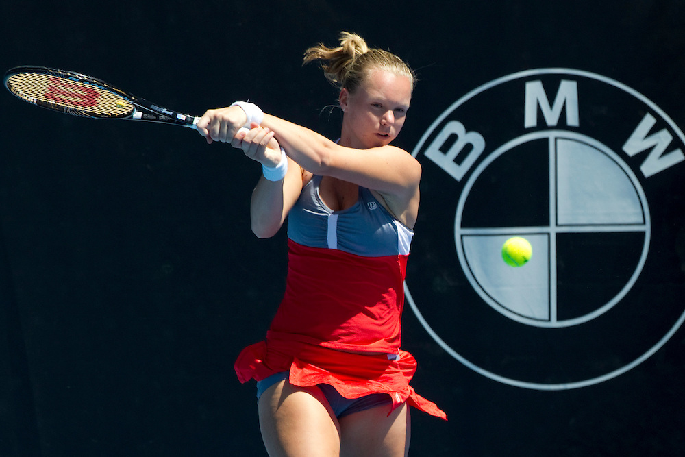 Netherlands' Kiki Bertens plays Russia's Svetlana Kuznetsova in round 1 of the singles at the ASB Classic Women's Tennis Tournament, ASB Tennis Arena, Auckland, New Zealand, Monday, December 31, 2012.  Credit:SNPA / David Rowland