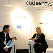 20150604- Brussels - Belgium - 04 June2015 - European Development Days - EDD  - <br /> Li Yong UNIDO and Heike Ruettgers EIB<br /> © EU/UE