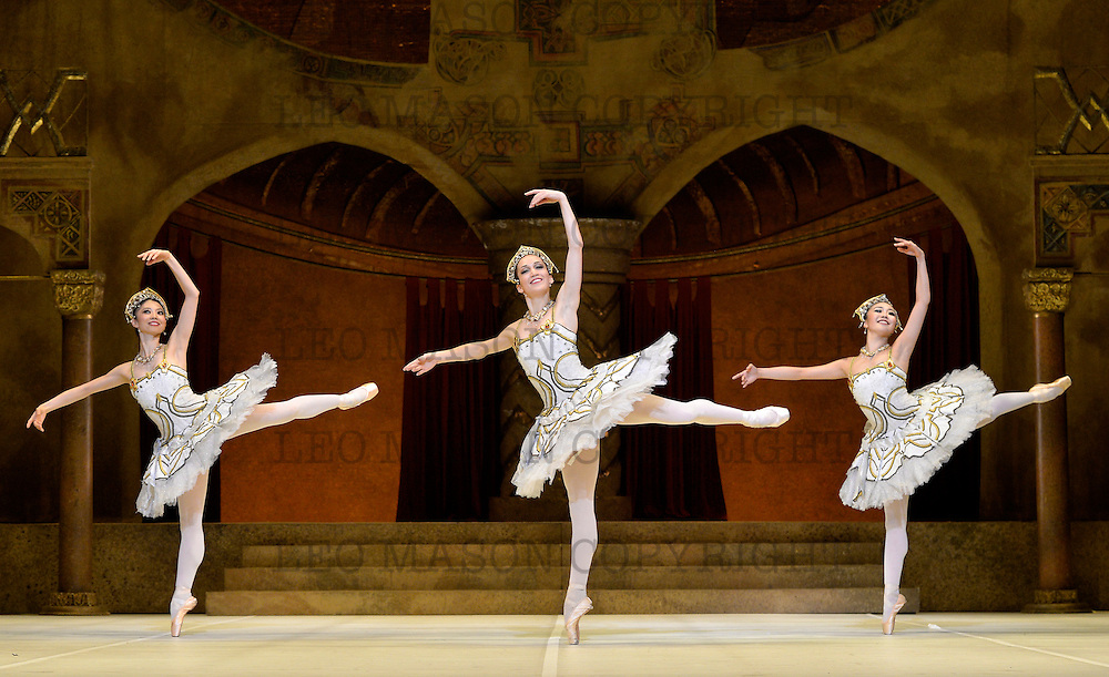 24.07.2013 English National Ballet A tribute to Rudolf Nureyev at the London Coliseum UK<br /> Raymonda Act 3 performed by members of the ENB