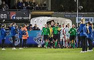 FODBOLD: De to hold går på banen til kampen i ALKA Superligaen mellem FC Helsingør og Hobro IK den 17. november 2017 på Helsingør Stadion. Foto: Claus Birch