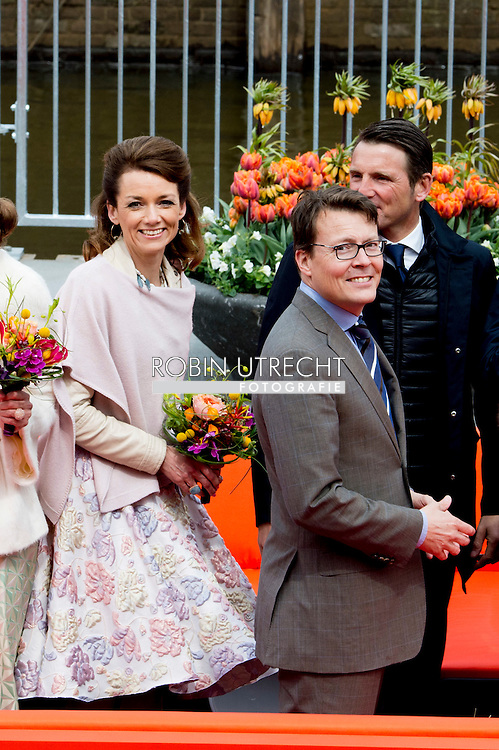 27-4-2016 ZWOLLE - Kingday in Zwolle , King Willem-Alexander, Queen Maxima, Princess Amalia, Princess Alexia and Princess Ariane is April 27, 2016 attended the celebration of King's Day in the town of Zwolle, in the province of Overijssel. Prince Constantijn and Princess Laurentien, Prince Maurits and Princess Maril&egrave;ne, Prince Bernhard and Princess Annette, Prince Pieter-Christiaan and Princess Anita and Prince Floris and Princess Aim&eacute;e are also provided at Kingday in Zwolle. COPYRIGHT ROBIN UTRECHT<br /> 27-4-2016 ZWOLLE - Koningsdag in Zwolle Koning Willem-Alexander, Koningin Maxima, Prinses Amalia , Prinses Ariane en prinses Alexia zijn 27 april 2016 aanwezig bij de viering van Koningsdag in de gemeente Zwolle, in de provincie Overijssel. Prins Constantijn en Prinses Laurentien, Prins Maurits en Prinses Maril&egrave;ne, Prins Bernhard en Prinses Annette, Prins Pieter-Christiaan en Prinses Anita &eacute;n Prins Floris en Prinses Aim&eacute;e zijn ook aanwezig bij Koningsdag in Zwolle. COPYRIGHT ROBIN UTRECHT