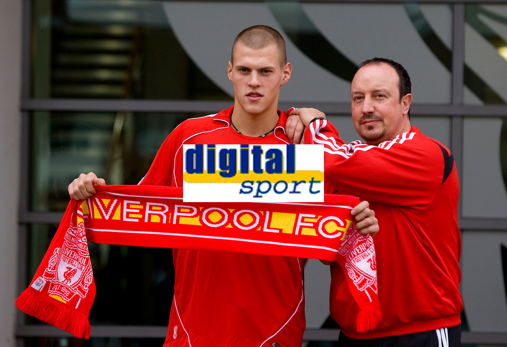 LIVERPOOL, ENGLAND - Friday, January 11, 2008: Liverpool's new signing, Slovakia defender Martin Skrtel with manager manager Rafael Benitez at Melwood. The 23-year-old Slovakian international joins the Reds from Zenit St Petersberg on a four-and-a-half year contract . (Photo by David Rawcliffe/Propaganda)