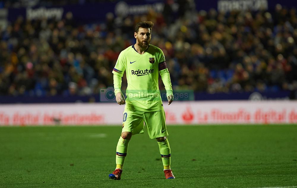 صور مباراة : ليفانتي - برشلونة 0-5 ( 16-12-2018 )  20181216-zaa-n230-410