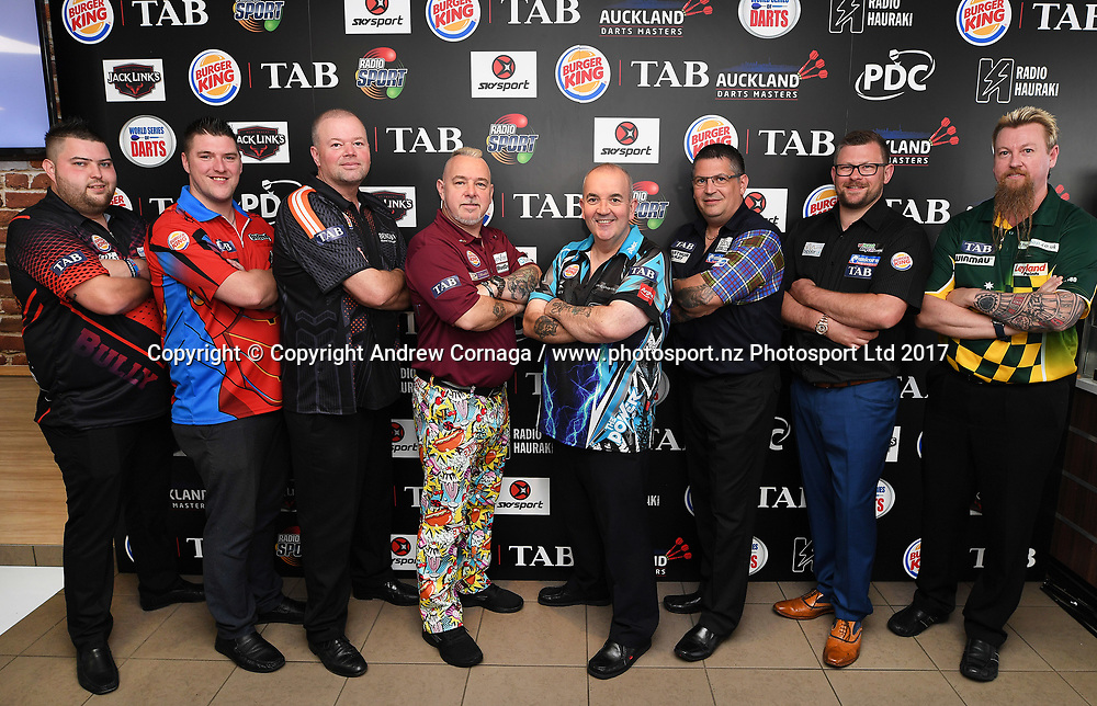 PDC Darts players pose for a group photo.<br /> Auckland Darts Masters press conference and draw. Professional Darts Corporation (PDC). Burger King, Auckland, New Zealand. Thursday 10 August 2017. &copy; Copyright photo: Andrew Cornaga / www.photosport.nz
