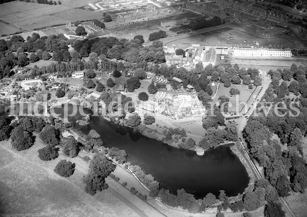 A452 Zoo Gardens.   28/03/58 (Part of the Independent Newspapers Ireland/NLI collection.)<br /> <br /> These aerial views of Ireland from the Morgan Collection were taken during the mid-1950's, comprising medium and low altitude black-and-white birds-eye views of places and events, many of which were commissioned by clients. From 1951 to 1958 a different aerial picture was published each Friday in the Irish Independent in a series called, 'Views from the Air'.