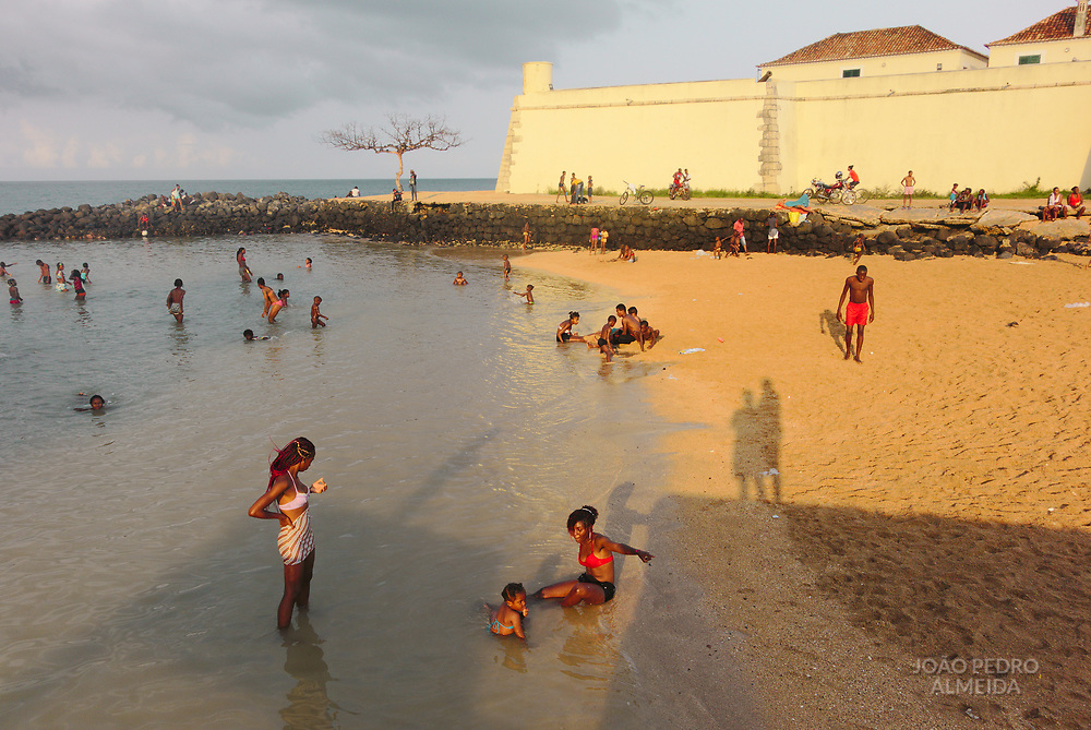 Beach day by the São Sebastião fort.